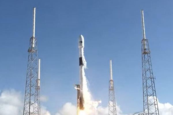 Первый спутник связи для вооружённых сил РК успешно запущен
