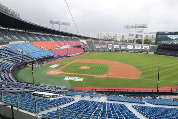 韓国プロ野球来月3日に開幕 観客上限 10%~30%