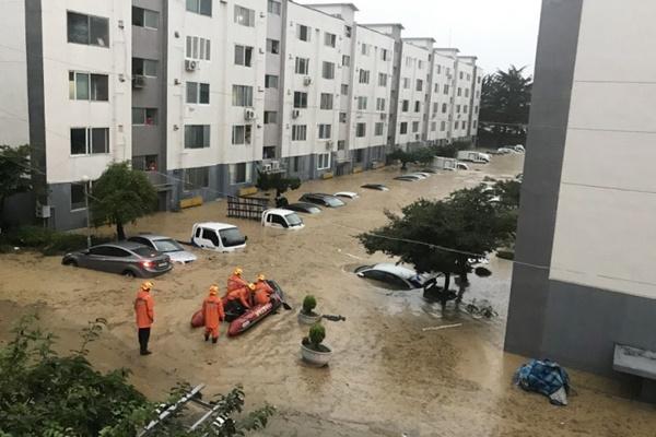 中部・南部を中心に大雨による被害が相次ぎ