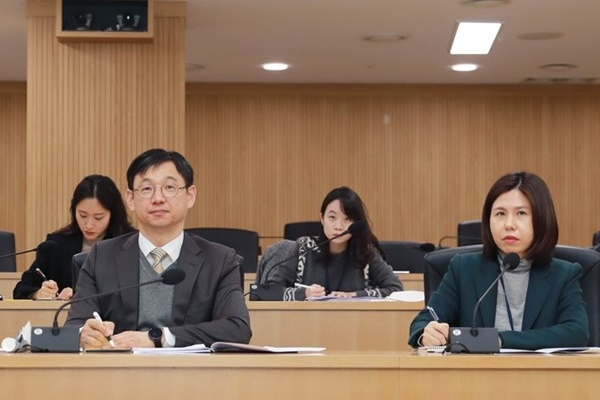 韩中商定成立自贸协定电子商务委员会