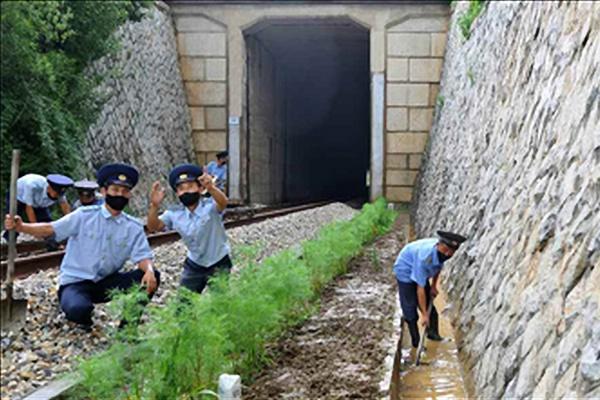 북 금강군, 4일부터 400mm 폭우…대동강에 '홍수 경보'