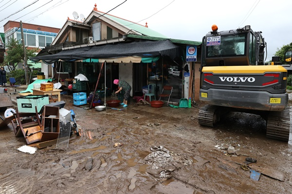 Gov't Declares Seven Rain-Ravaged Regions as Special Disaster Zones