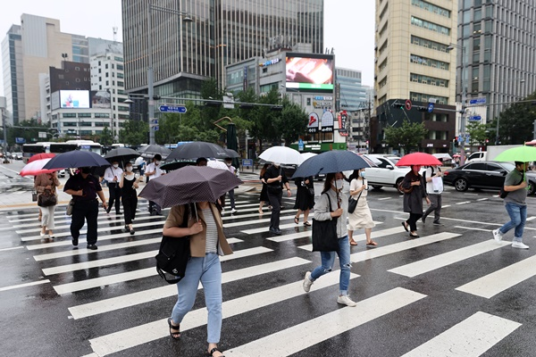 More Rain Expected on Weekend, Possible Typhoon Next Week