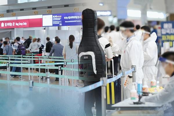 政府 中国・湖北省からの入国制限を10日から解除へ