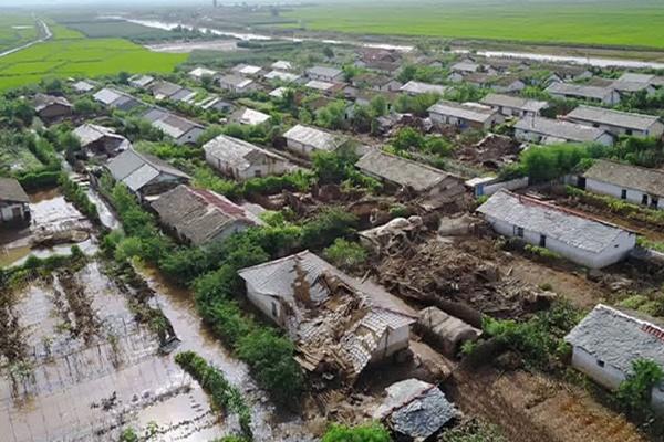 Власти КНДР направили войска в районы наводнений