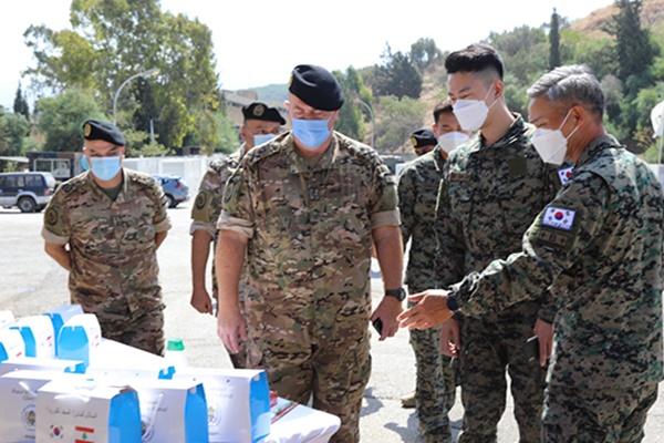 Lực lượng tái thiết Hàn Quốc hỗ trợ vật tư y tế khẩn cấp cho Lebanon