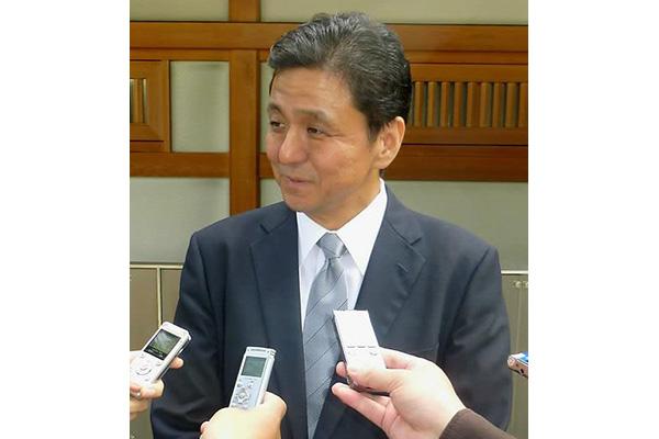 아베 친동생 기시 자민당 중의원 야스쿠니신사 참배
