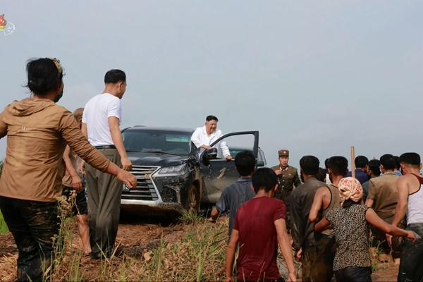 북한, 노동당 창건일 앞두고 수해복구 매진