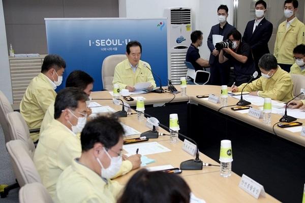 Người nước ngoài nhiễm COVID-19 tại Hàn Quốc phải trả toàn bộ phí điều trị nếu vi phạm quy tắc phòng dịch
