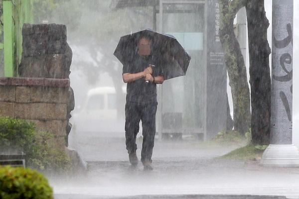 La Corée du Sud sous l'influence du typhon Bavi