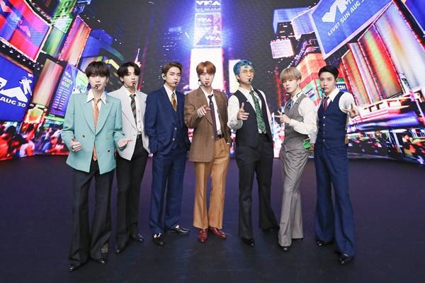 Группа BTS – на первой строчке Billboard Hot 100