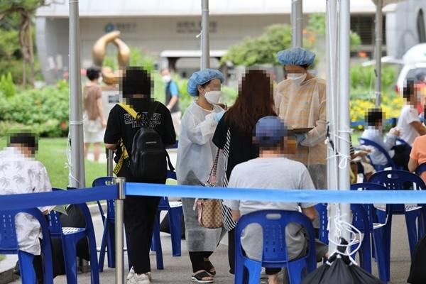 N2全球资讯-韩国新冠确诊病例首次突破2万例