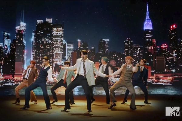 BTS reconquista la cima del Billboard Hot 100