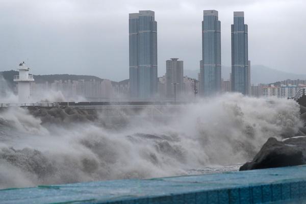 Тайфун «Хайшен» покинул территорию РК