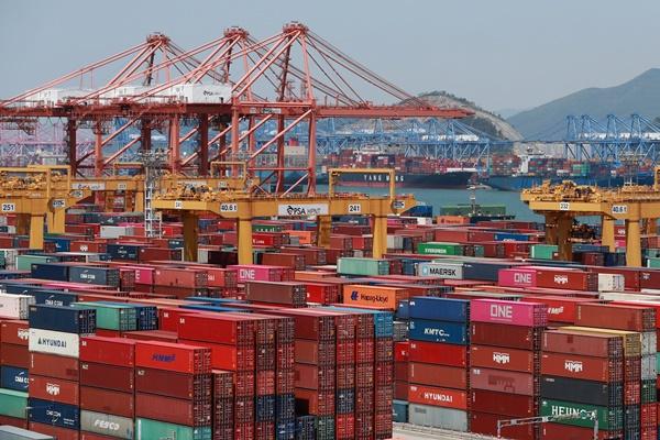 9月前20天韩国出口额增加3.6% 日均减少9.8%