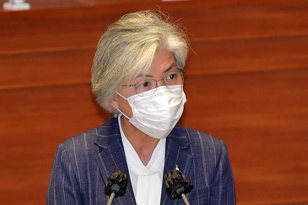 강경화, 18일 한-베트남 외교장관 회담…필수인력 입국 협의