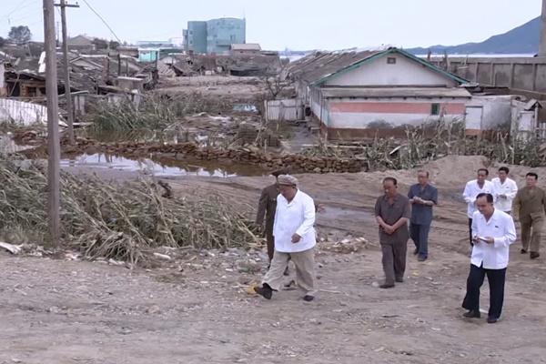北韓に破滅的経済危機の恐れ 経済制裁・コロナ・台風の三重苦で