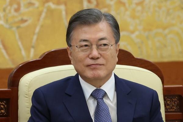 Президент РК поздравил нового премьер-министра Японии с началом работы