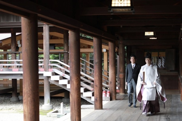 Cựu Thủ tướng Nhật Bản Abe Shinzo viếng đền Yasukuni