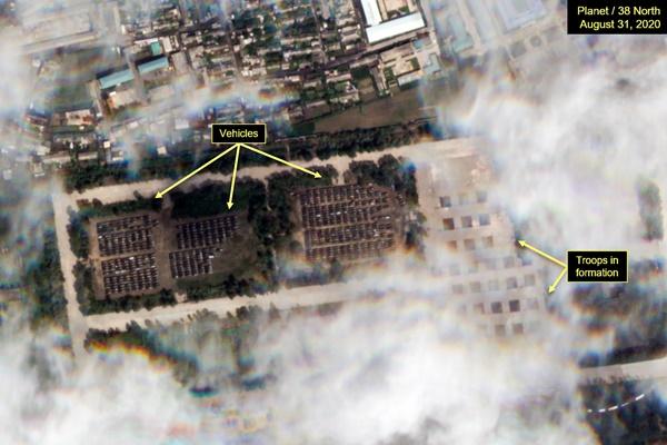 北韓、閲兵式でICBM披露の可能性  米シンクタンク