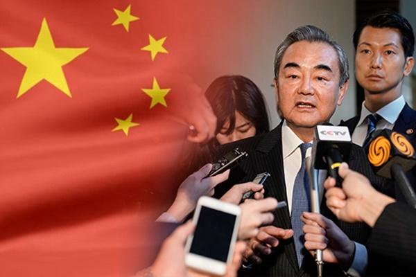 Высшие дипломаты КНР и США побывают в октябре в Сеуле