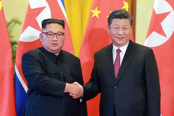 """김정은, 시진핑에 신중국 71주년 축전…""""불패의 북중 친선 발전시킬 것"""""""