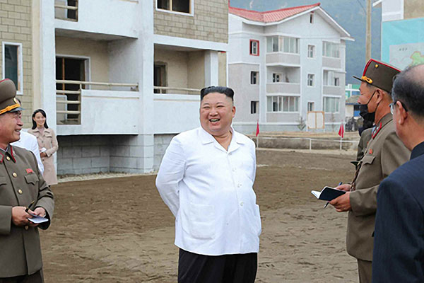 Kim Jong-un effectue une visite dans un district ravagé par les intempéries