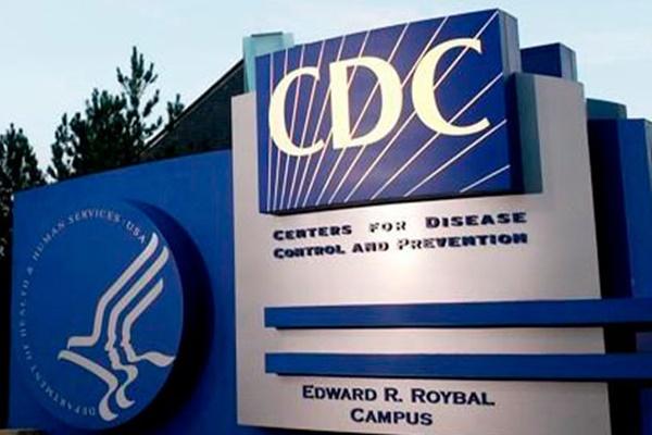 السلطات الأمريكية تسمح للذين تلقوا تطعيمات كاملة بالتجمع بدون أقنعة