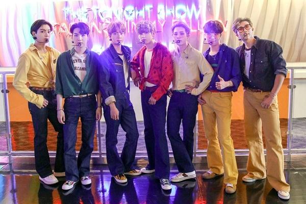 BTS đạt Quán quân bảng xếp hạng nhóm nhạc xuất sắc nhất năm của Billboard