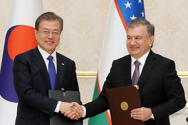 Президенты РК и Узбекистана обсудят вопросы сотрудничества