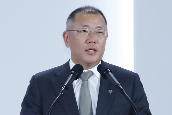 Chung Eui-sun promu président de Hyundai Motor