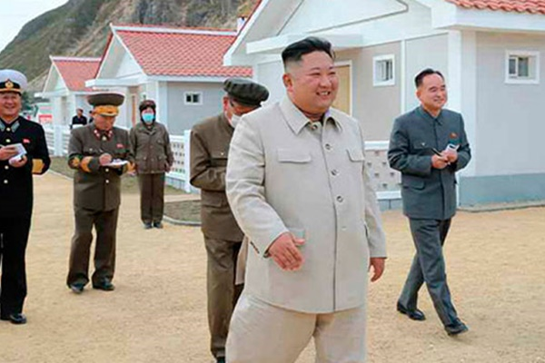 N. Korean Leader Visits Another Typhoon-hit Region