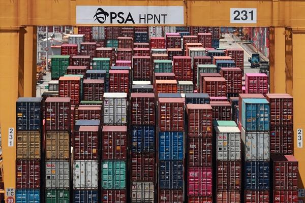 Kim ngạch xuất khẩu 20 ngày đầu tháng 10 giảm 5,8%