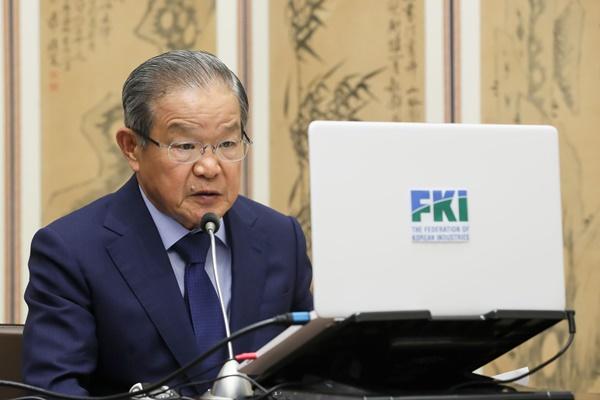 全国経済人連合会 日本政府に輸出管理強化の緩和求める