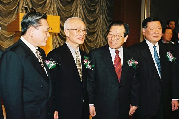 サムスングループ会長の死去 韓国財閥の世代交代が加速化