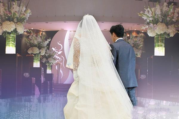 Zahl der Eheschließungen im August um 18 Prozent gesunken