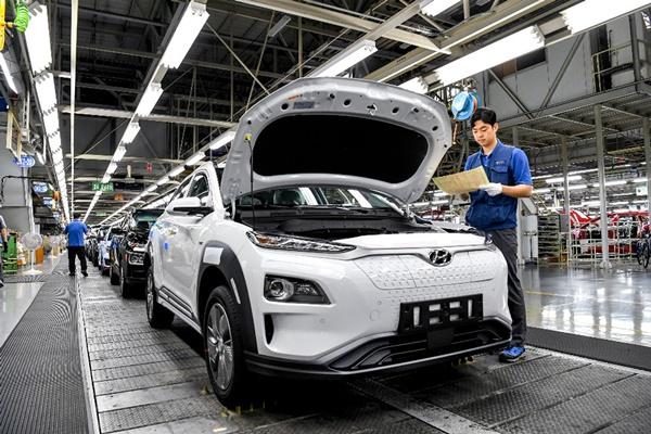 文大統領 「電気自動車や水素自動車に20兆ウォン以上投資」
