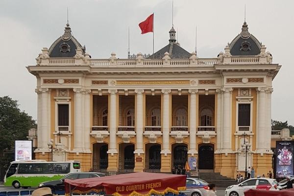 Việt Nam không tăng lương tối thiểu vùng năm 2021
