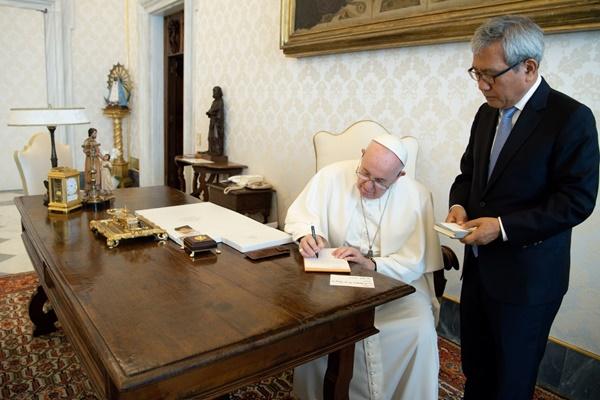 ローマ教皇 北韓訪問の意向を改めて表明 バチカン大使に