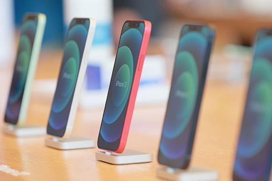아이폰12 분해하니 한국 부품이 27%, 미국·일본 제쳤다