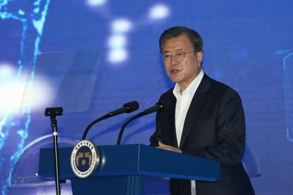 Presiden Moon: Pemerintah Korsel Akan Tangani Kejahatan terhadap Wanita dengan Tegas