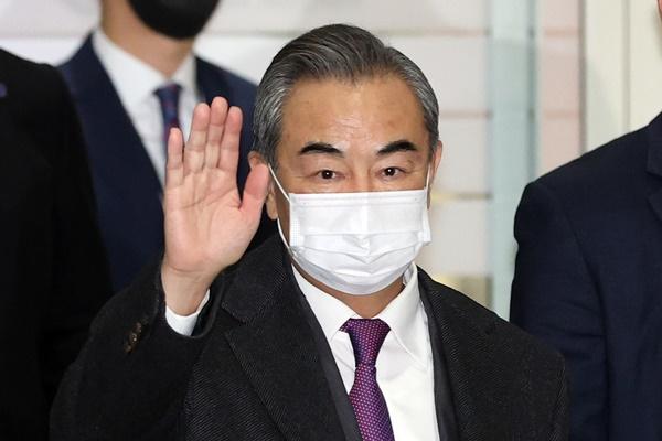 Le ministre chinois des Affaires étrangères à Séoul