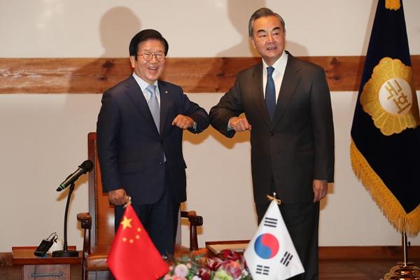 Chinas Chefdiplomat: Beide Koreas müssen Schicksal koreanischer Halbinsel bestimmen