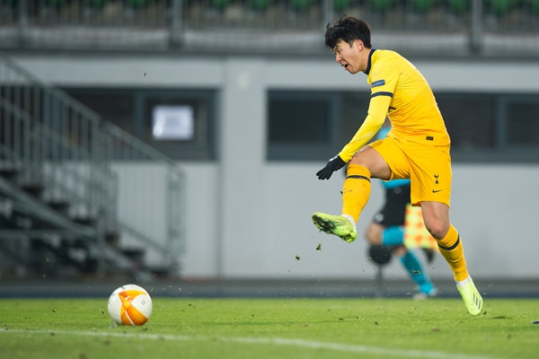 Pesepak Bola Korsel, Son Heung-min Cetak Gol ke-12 di Musim Ini