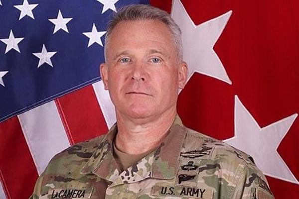 Генерал Пол ЛаКамера - новый командующий войсками США в РК
