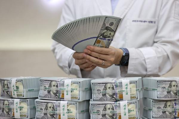 600億ドル規模の韓米通貨スワップ協定 6か月の再延長で合意
