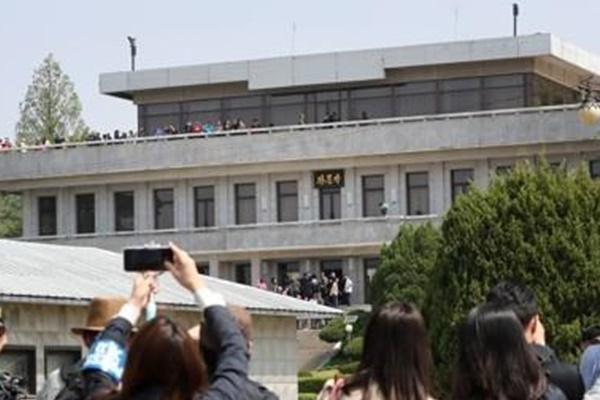 国連軍司令部、JSA見学再開を模索 韓国軍将兵の休暇制限も解除へ