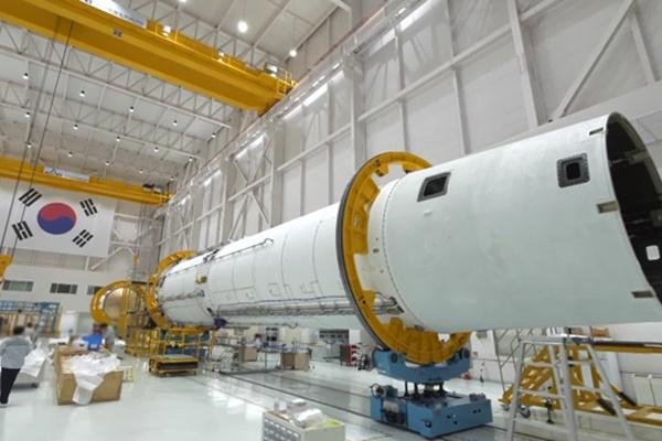 Первая отечественная ракета-носитель будет запущена в октябре