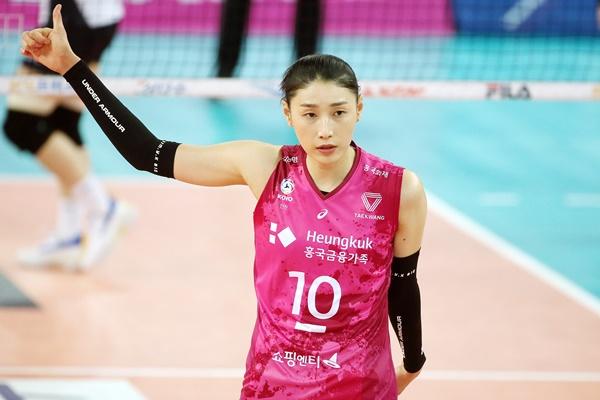 女子バレー、キム・ヨンギョン 国内復帰1年目で4回目MVPに