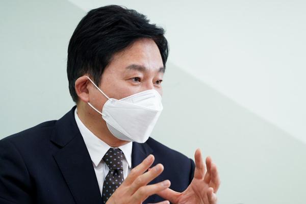 Jeju Governor Requests Vaccine Priority for Jeju Residents
